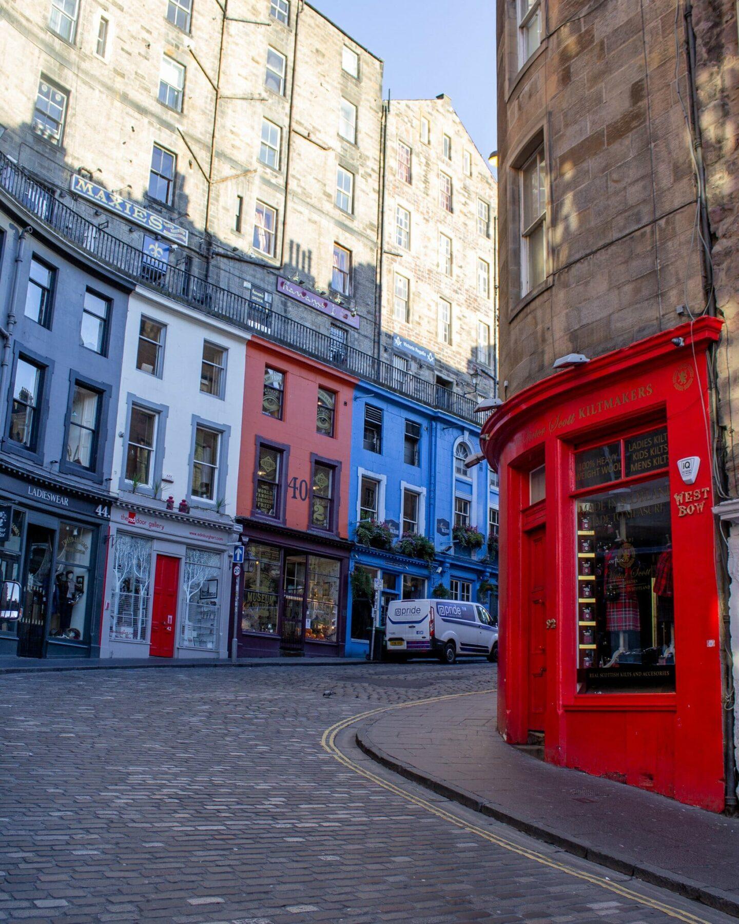 48 hours in Edinburgh - Victoria Street
