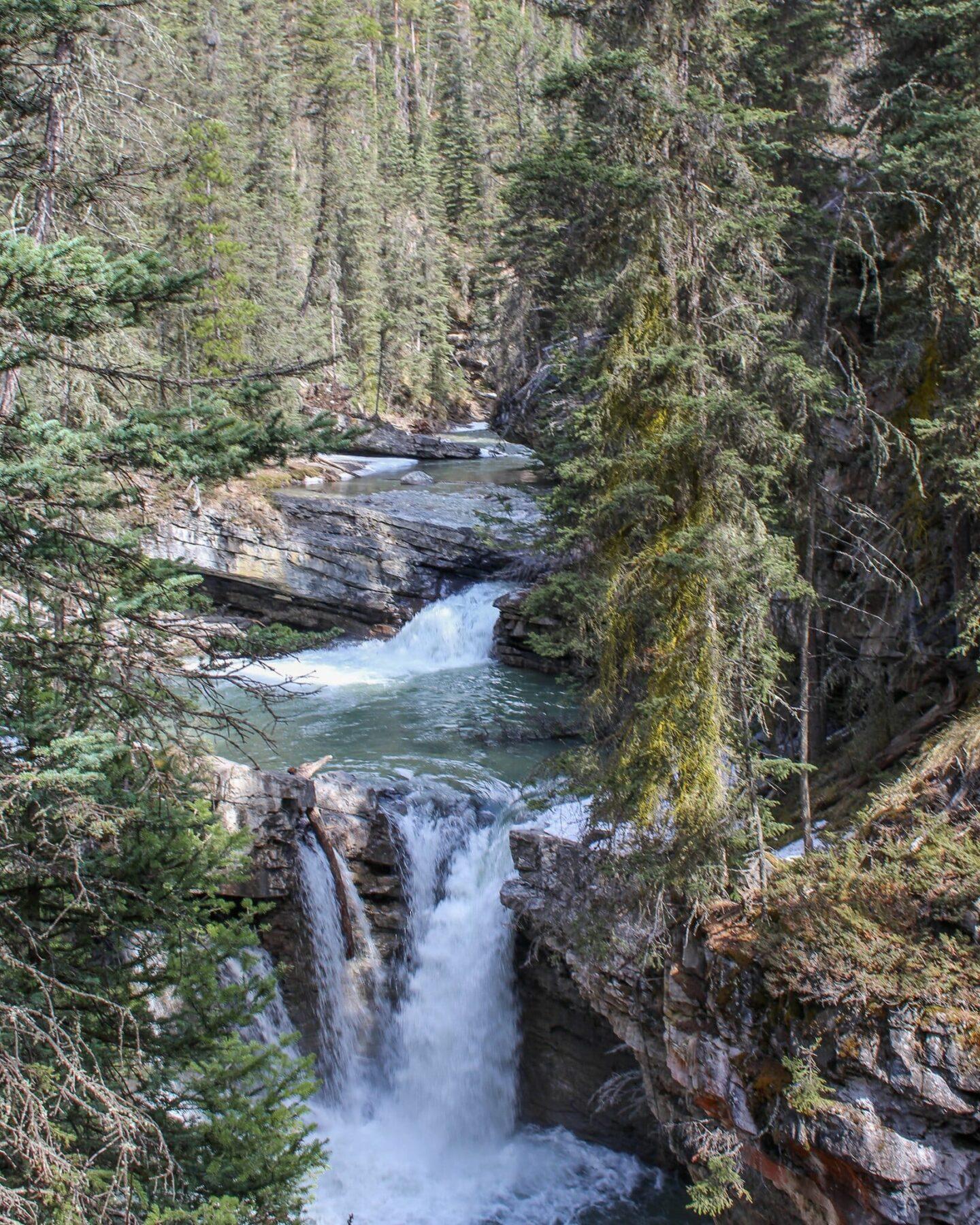 4 Days in Banff - Johnston Canyon Views