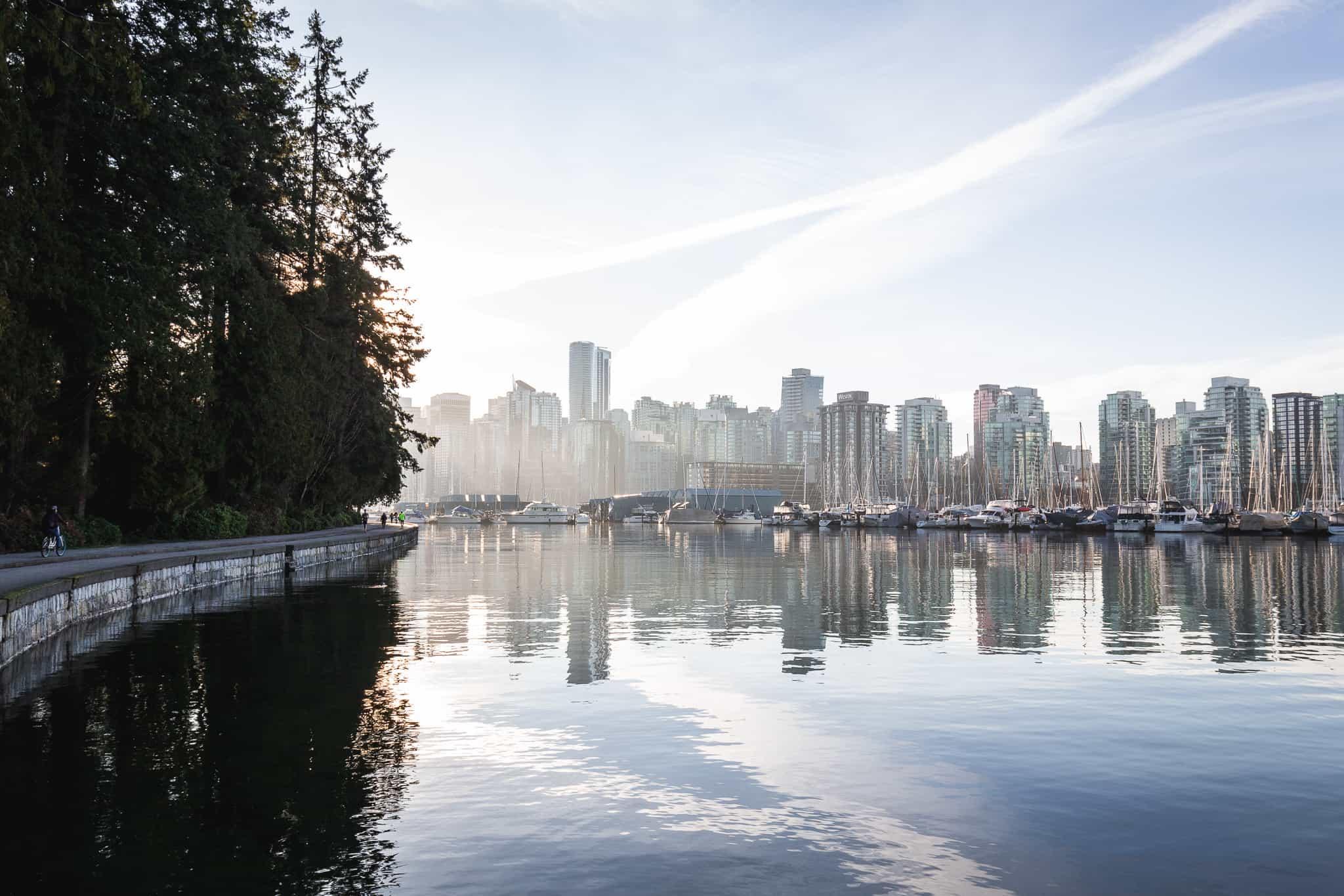 Instagrammable spots Vancouver - Seawall