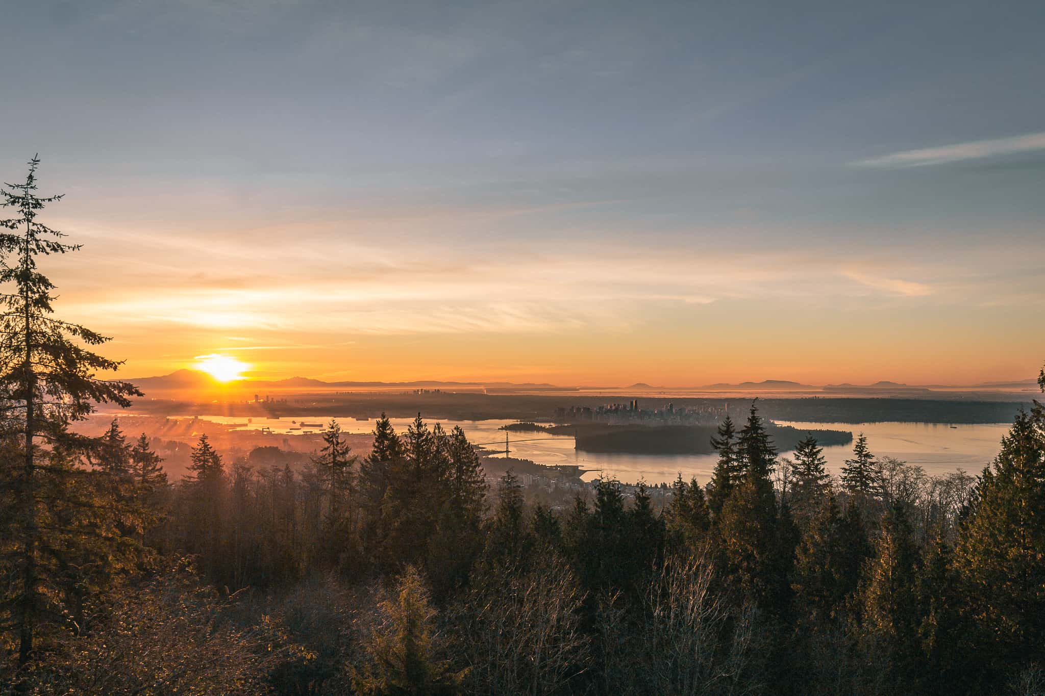Instagrammable spots Vancouver - Cypress lookout