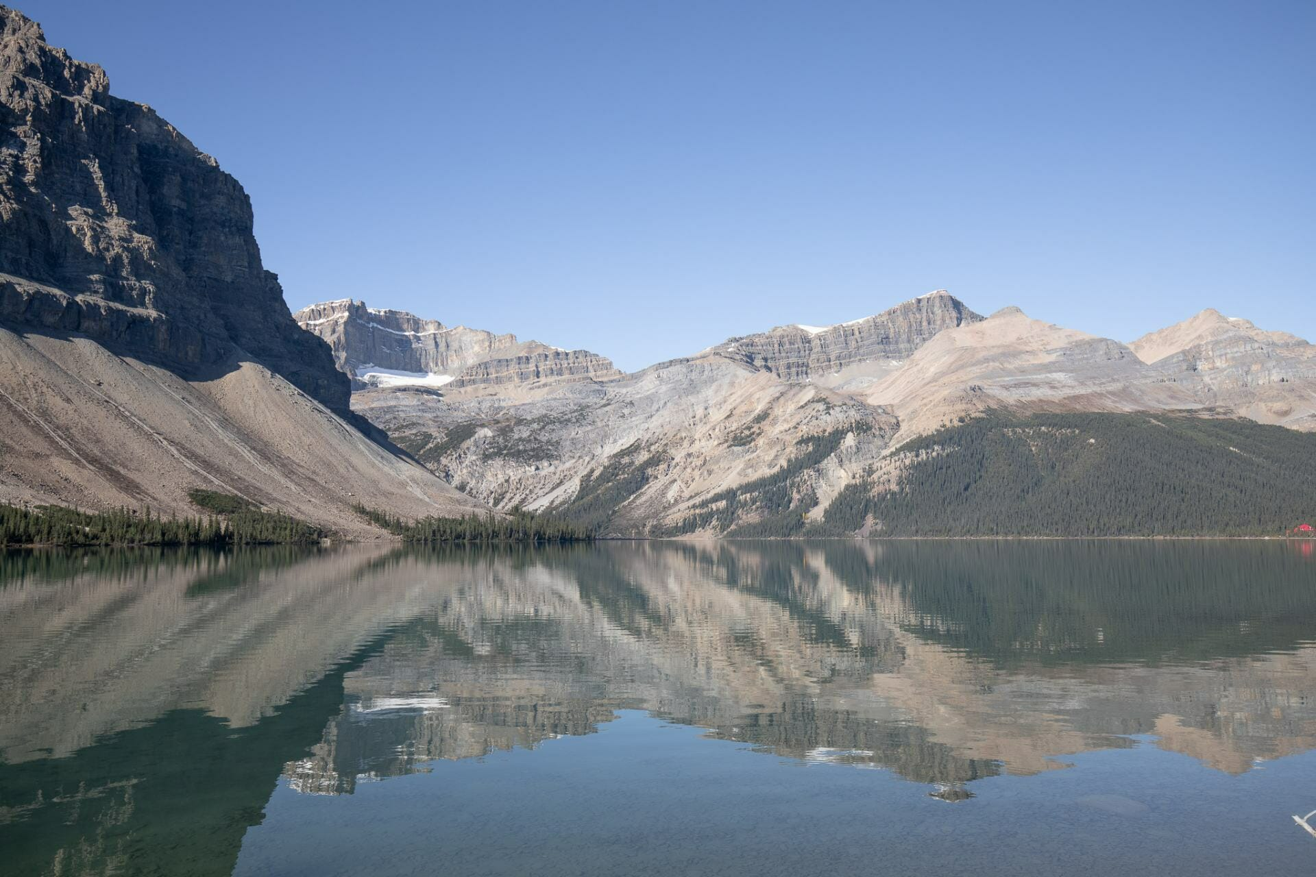 Bow Lake is one of the prettiest and best photo spots in Banff
