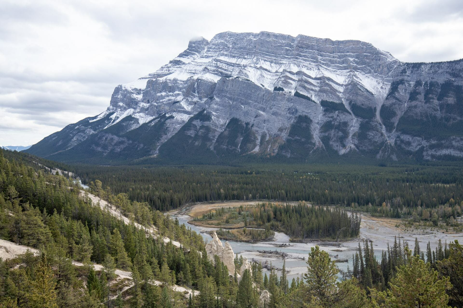 Hoodoos are one of the best photo spots in Banff