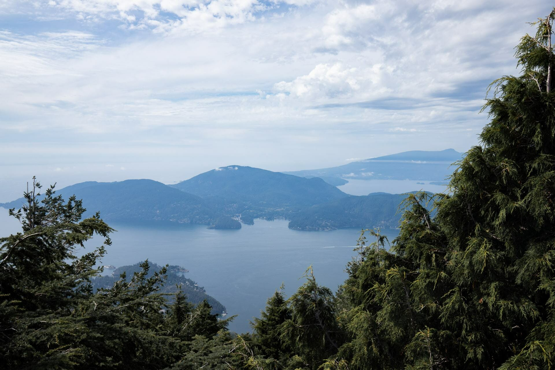 Eagle Bluffs hikes near Vancouver