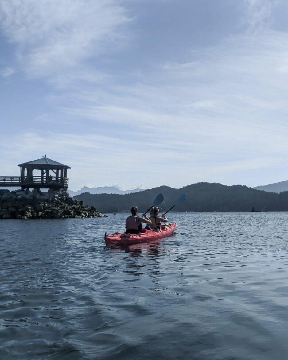 Gibsons kayaking to Keats Island